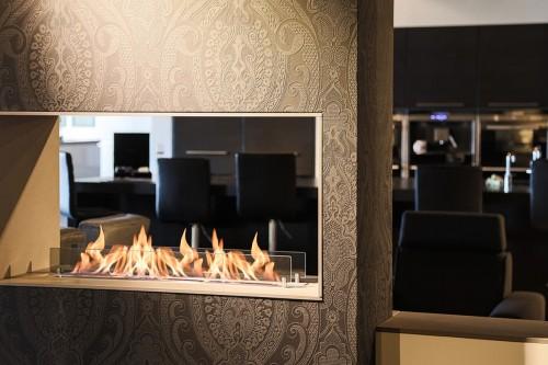 Ruby Fires | Keramički plamenik 5820L kao dekoracija u pregradi